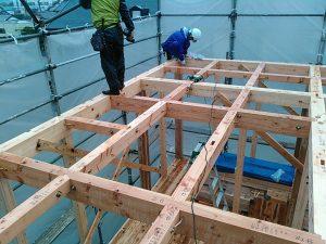 ブロックプラン=2階の柱の下に1階の柱を揃える(直下率)が高ければ構造が安定します
