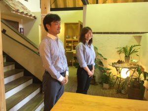 プロデューサーの野沢とコーディネーターの手島。