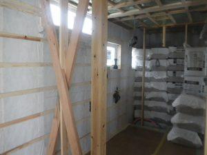 戸建て住宅 断熱材