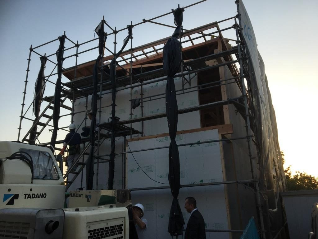 新工法の上棟無事出来上がりました。