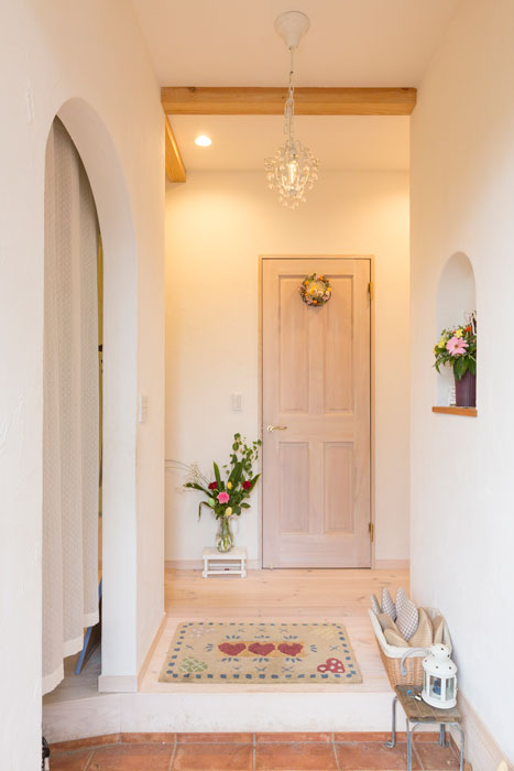 キレイを保てるシューズクロークのある玄関