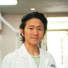 杉田 穂高 院長 歯科医師 杉田歯科医院 自分で健康を守るために病気の裏側を知りましょう