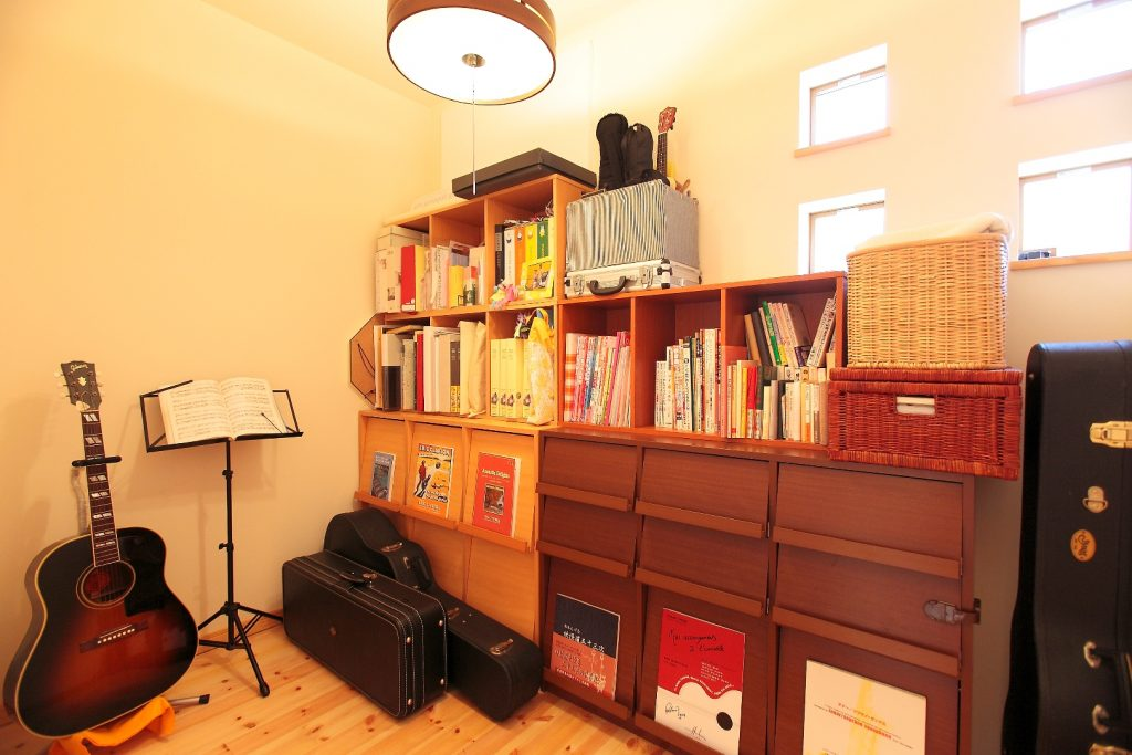 ご主人の趣味を楽しむ音楽室