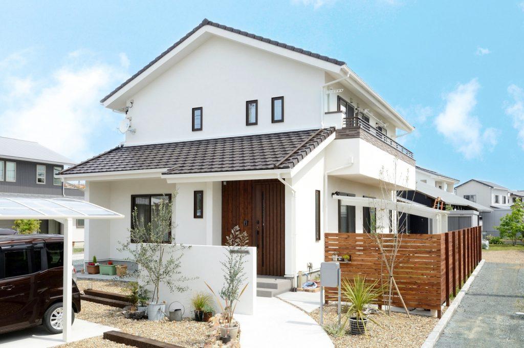 子どもの健やかな成長を育む、自然素材&陽光が心地いい家