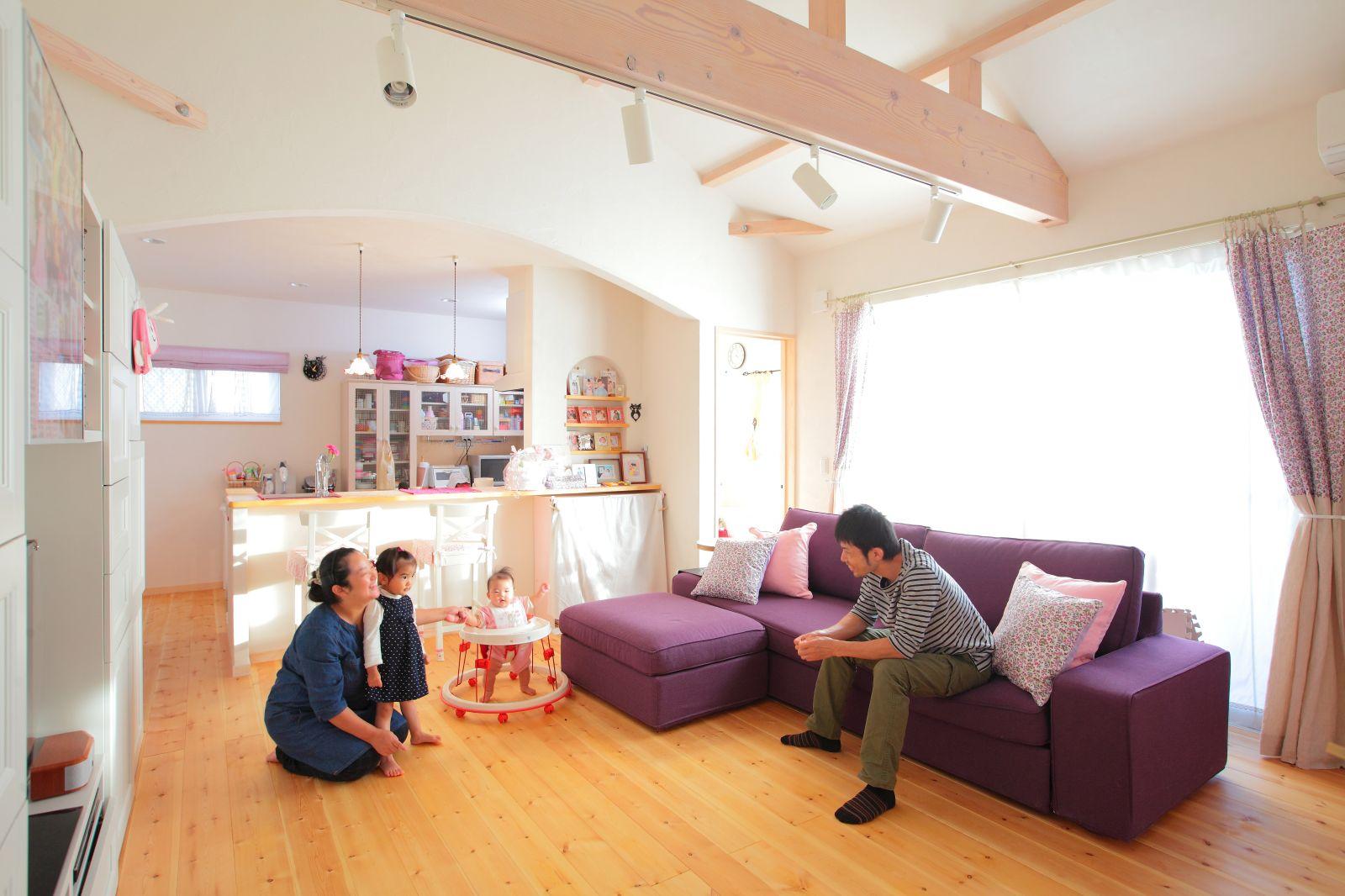 夫婦の夢を叶えた、かわいくてコンパクトな平屋の家