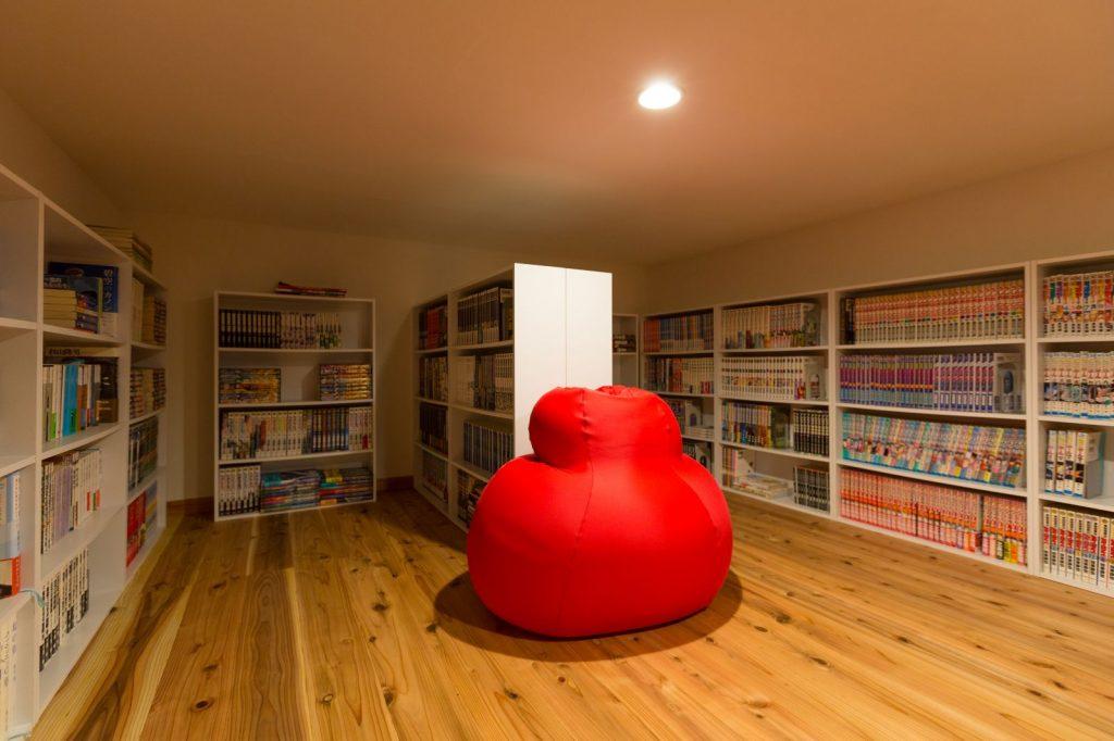 こだわりの書庫は家族のお気に入りスペース