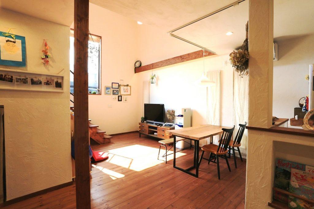 広いワンルームのように使えるリビング・ダイニング・キッチン・畳コーナー