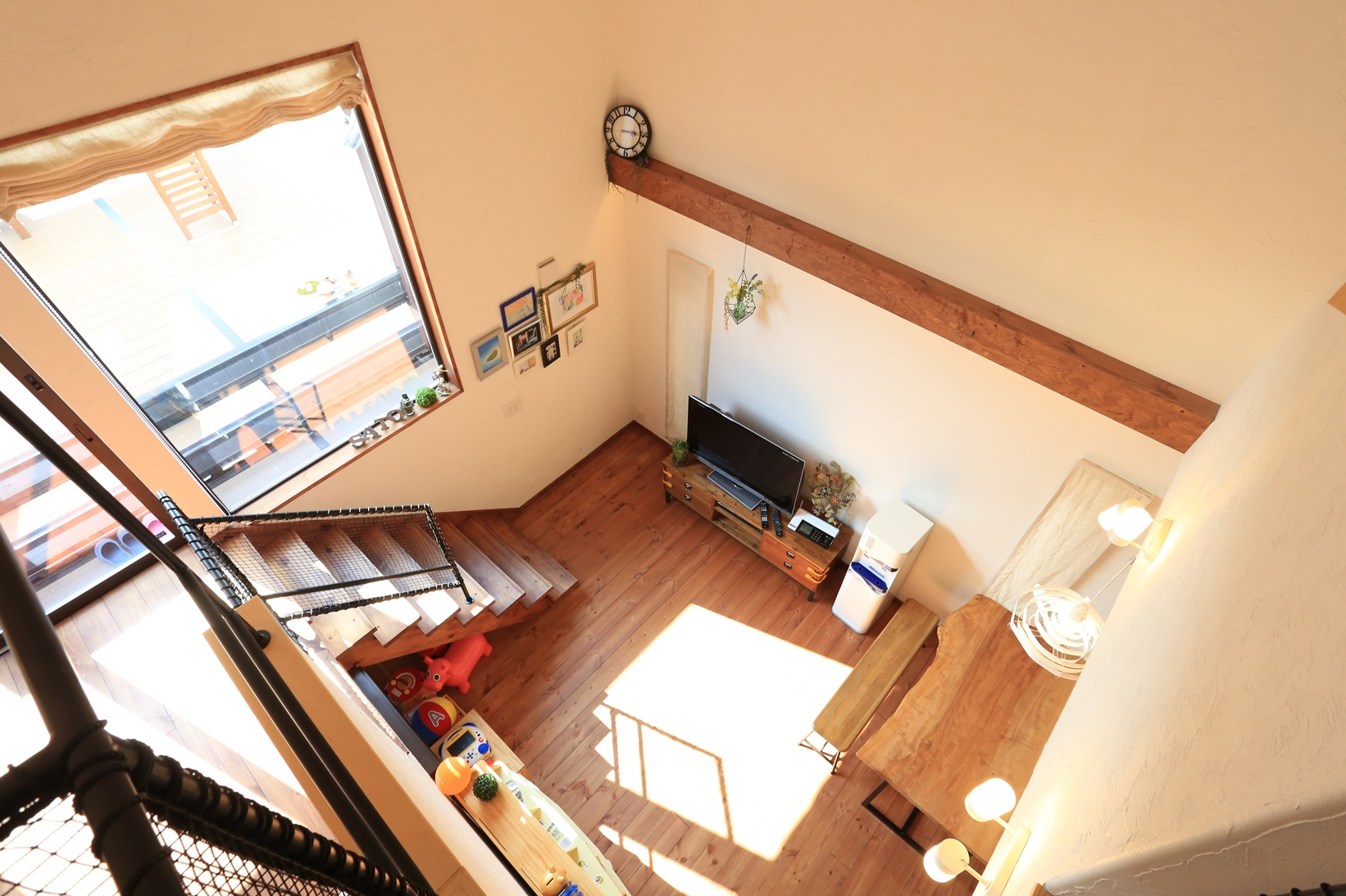 ルーフバルコニー×中2階 で暮らしを楽しむ家