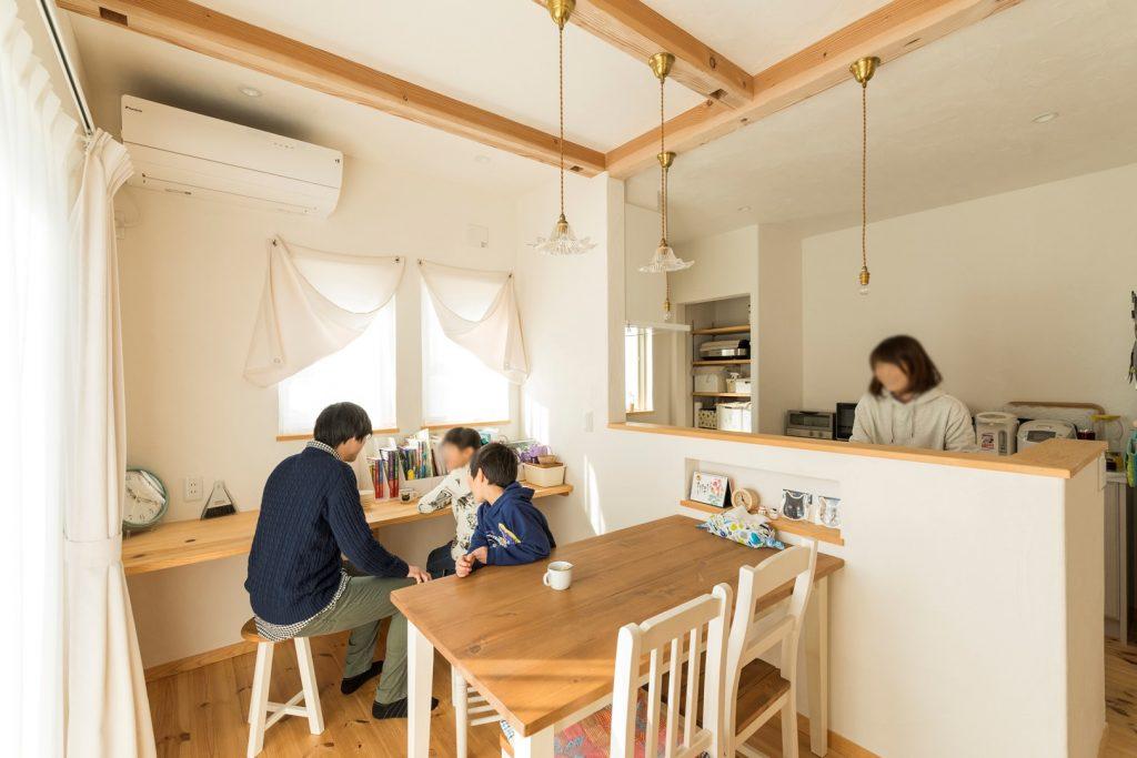 会話が弾む対面式キッチン 休みの日は家で過ごされる事が多くなったそう