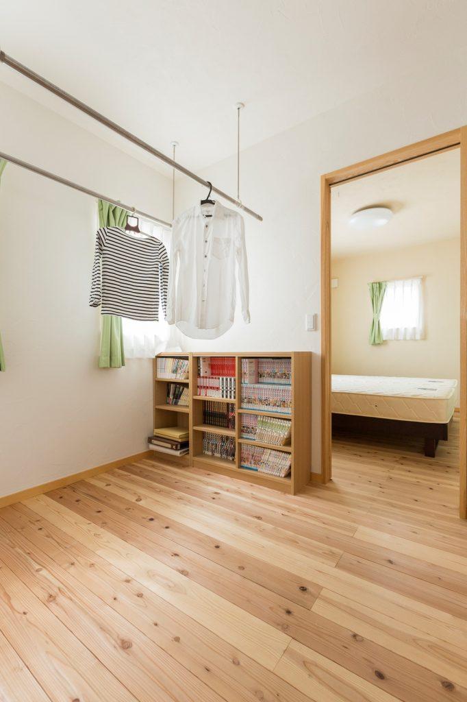 花粉や天気、時間も気にせず使える 室内干しスペース