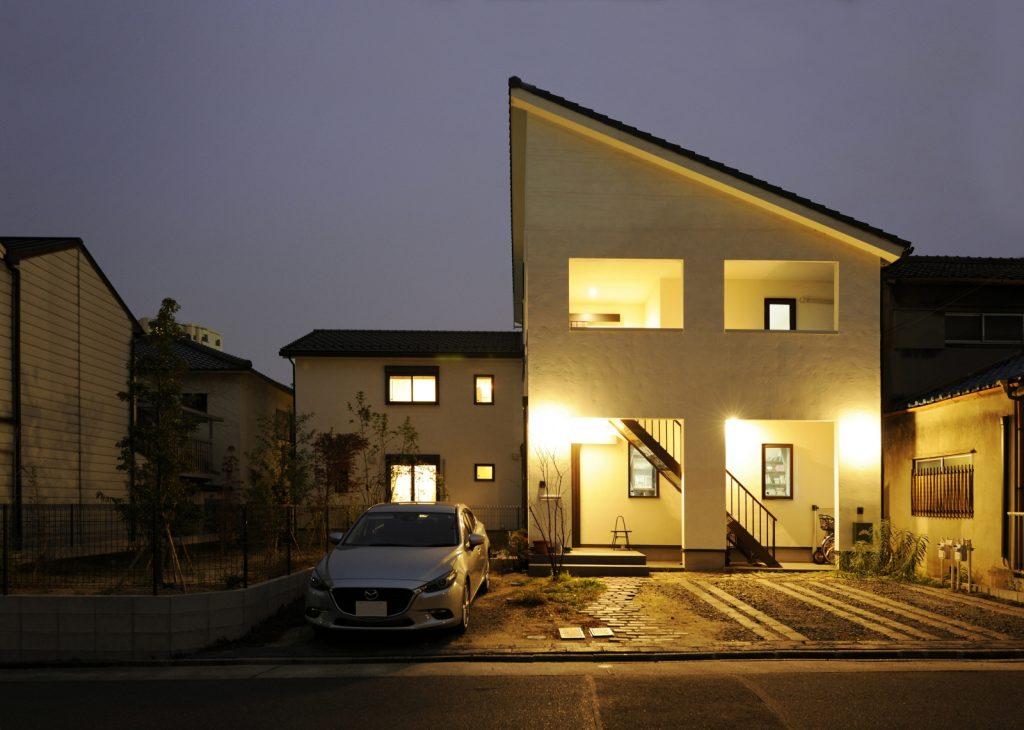 完全分離型!自然素材の二世帯住宅