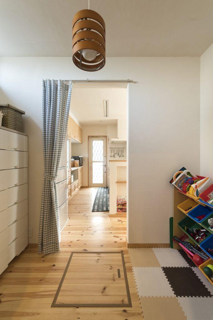 将来家事室に!子ども服&おもちゃ置き場