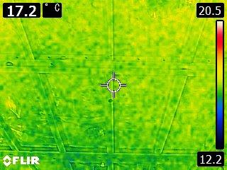 図2.サーモグラフィカメラによる温度分布の様子