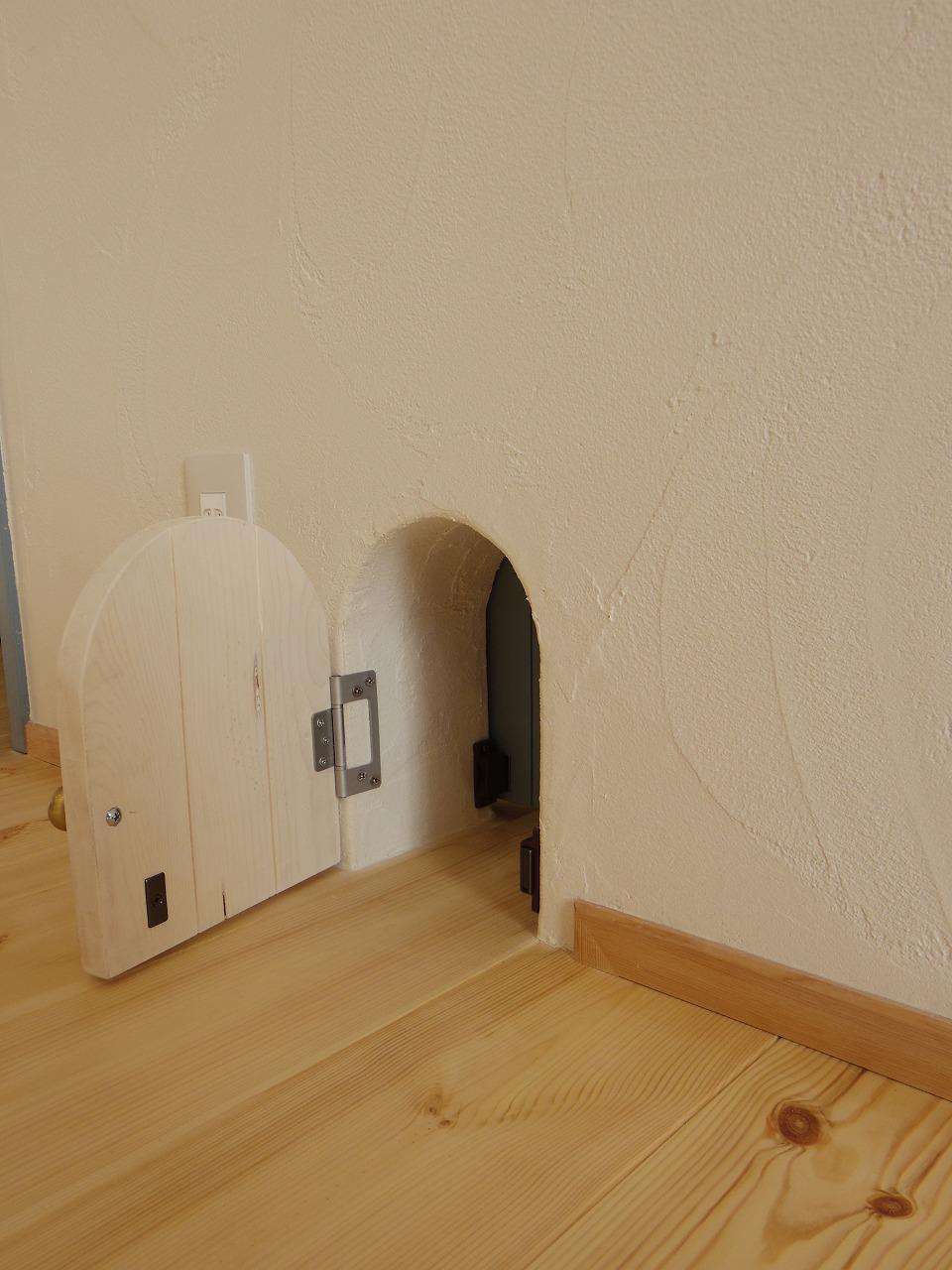 室内に設けたネコ専用ドア