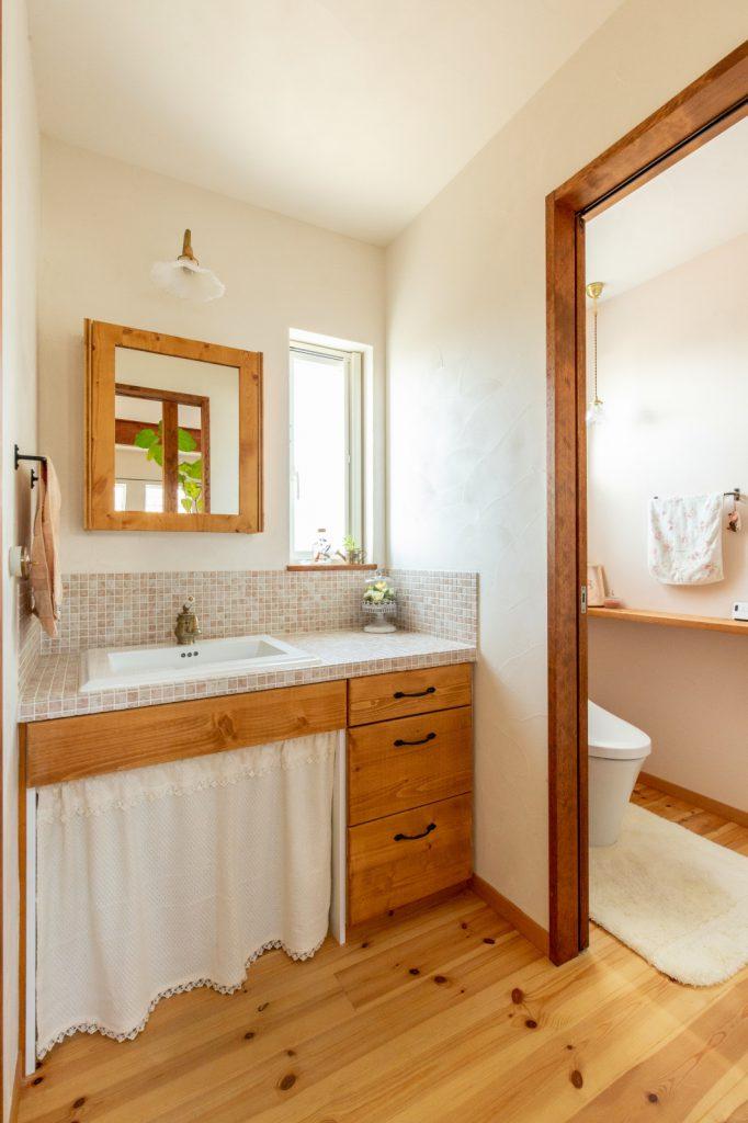 収納しやすく清潔感のある洗面台