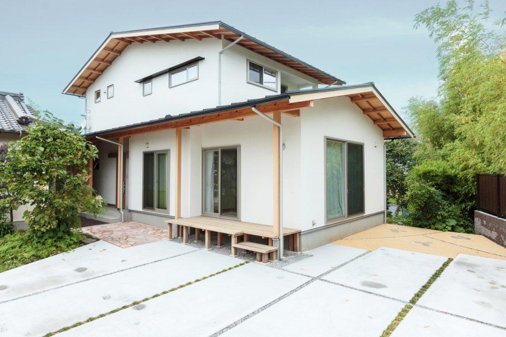 切妻屋根が美しい 現代和風の家