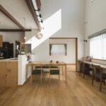 [自然素材×吹抜け]シンプルな無垢の家