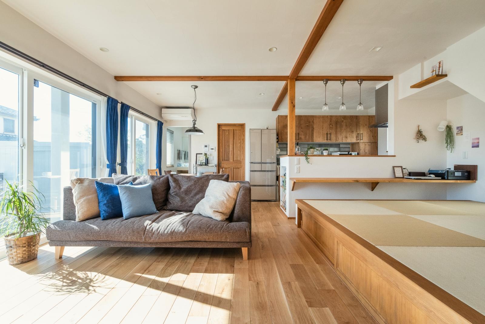 畳スペースに癒される 暮らしやすい自然素材の家