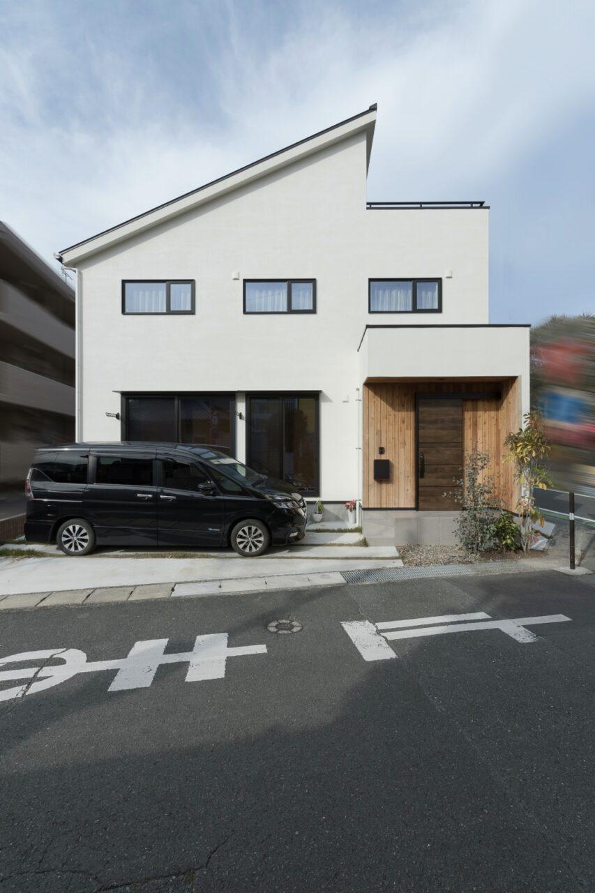 31坪の敷地に建つシンプルな家