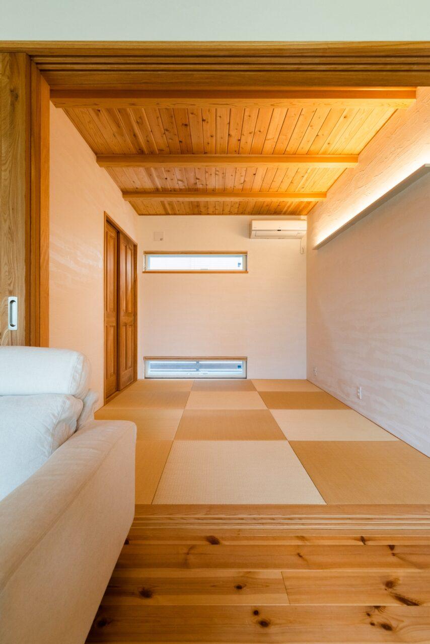 琉球畳のモダンな和室