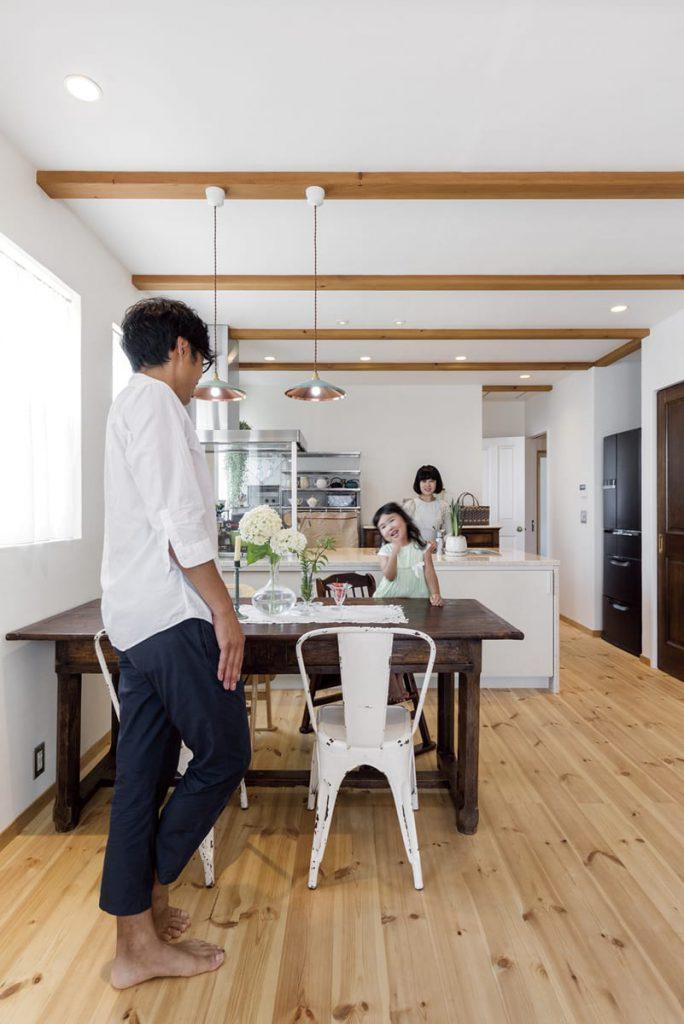 健康に配慮した自然素材たっぷりの家は「空気もきれいでとても気持ちがいいです」とお話くださいました