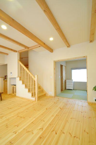 LDKの横には和室も。将来、同居ことも考えて間取りを決めたそう
