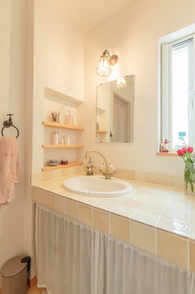 【息子様世帯】こだわりのタイルとシンクで造るオリジナル洗面台