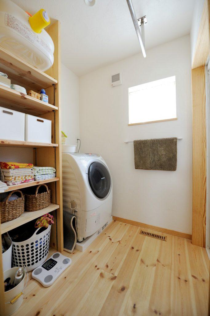 収納物に合わせて高さ調節◎使いやすい可動棚