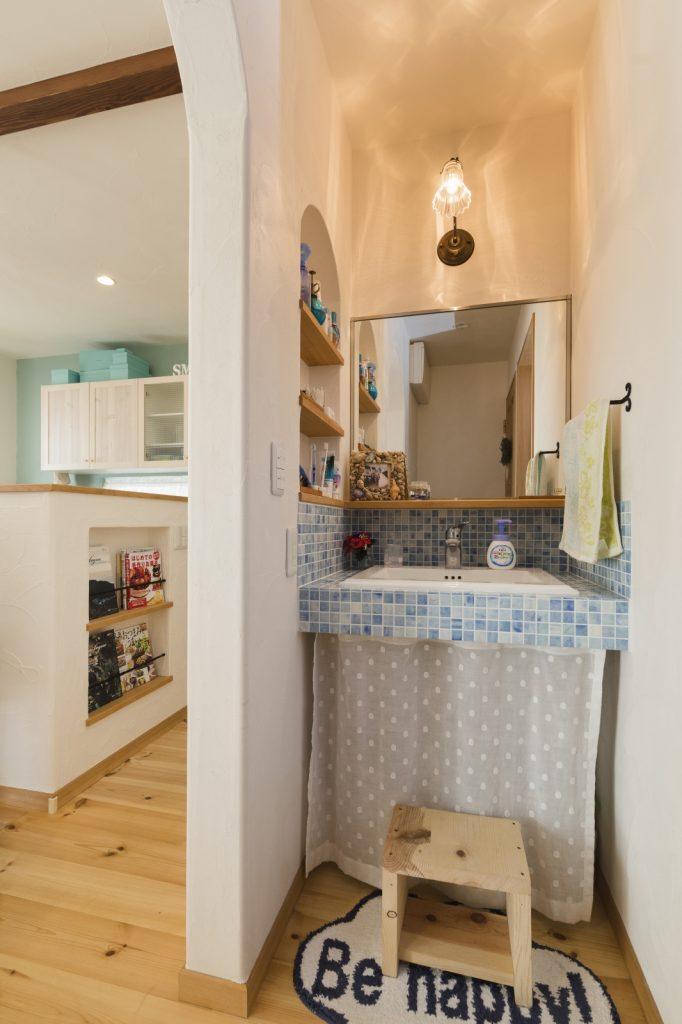 使いやすい独立型の洗面台