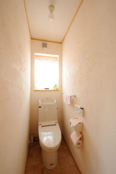 無垢材が演出する温もり溢れる空間と、ライフスタイルを重視した間取りが特徴