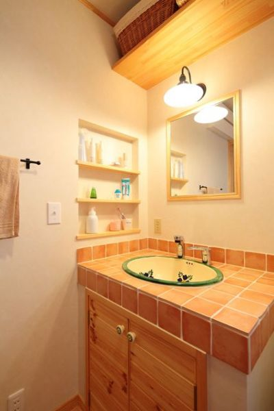 S様邸には3ヶ所の洗面化粧台。