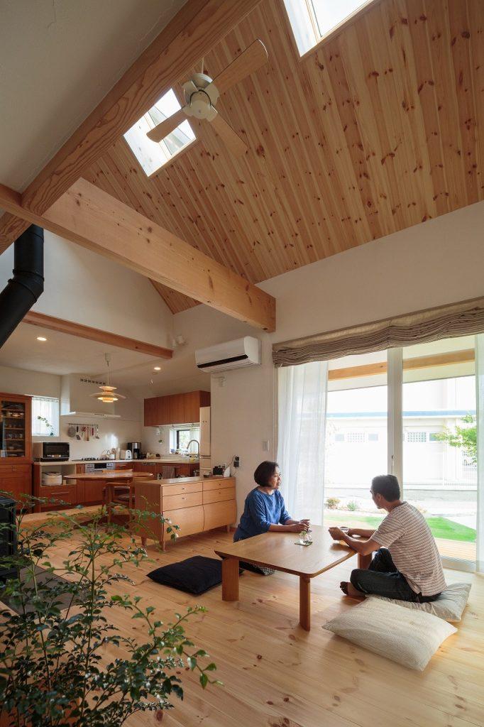 「自然素材の家」の心地よさを実感しています。