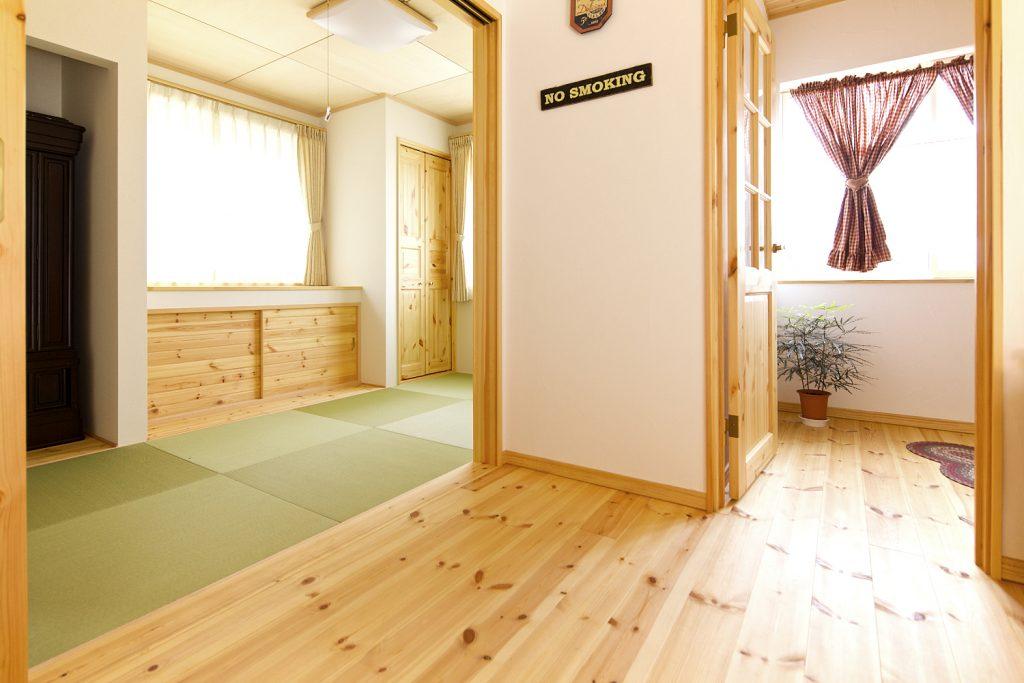 ドアを開け放てば、広々と開放的。