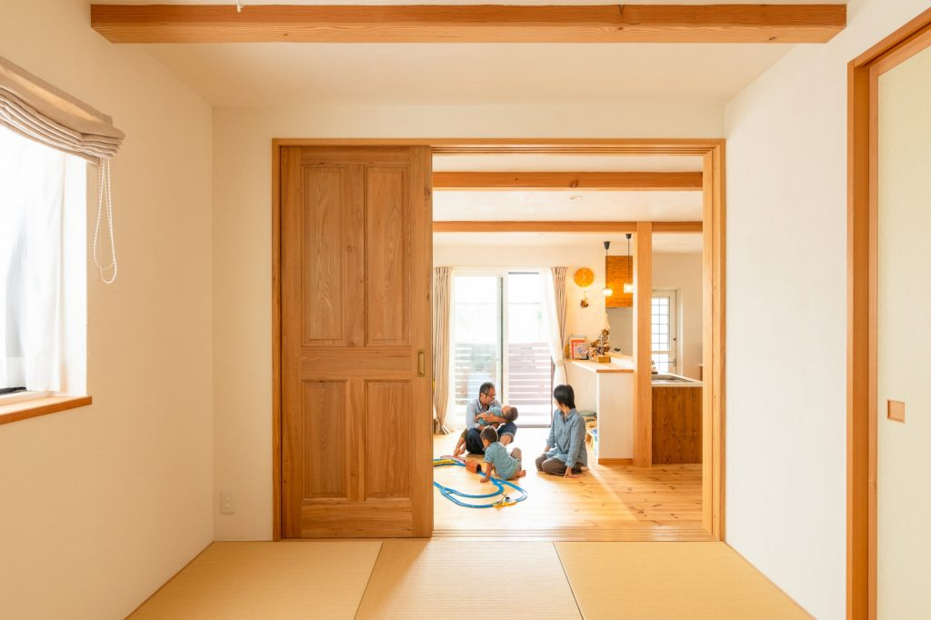 LDKと仕切れる4.5畳の和室