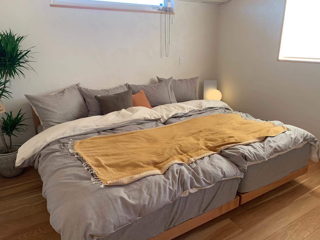 エモトープ浜松 寝室