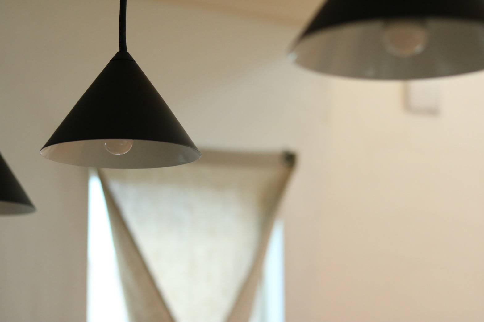 オーデリック、三角照明