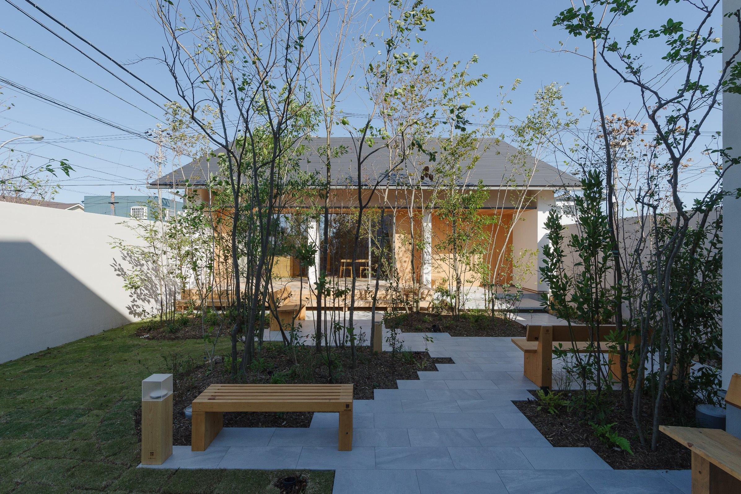コンセプトハウスの外観 和モダンと雑木の庭