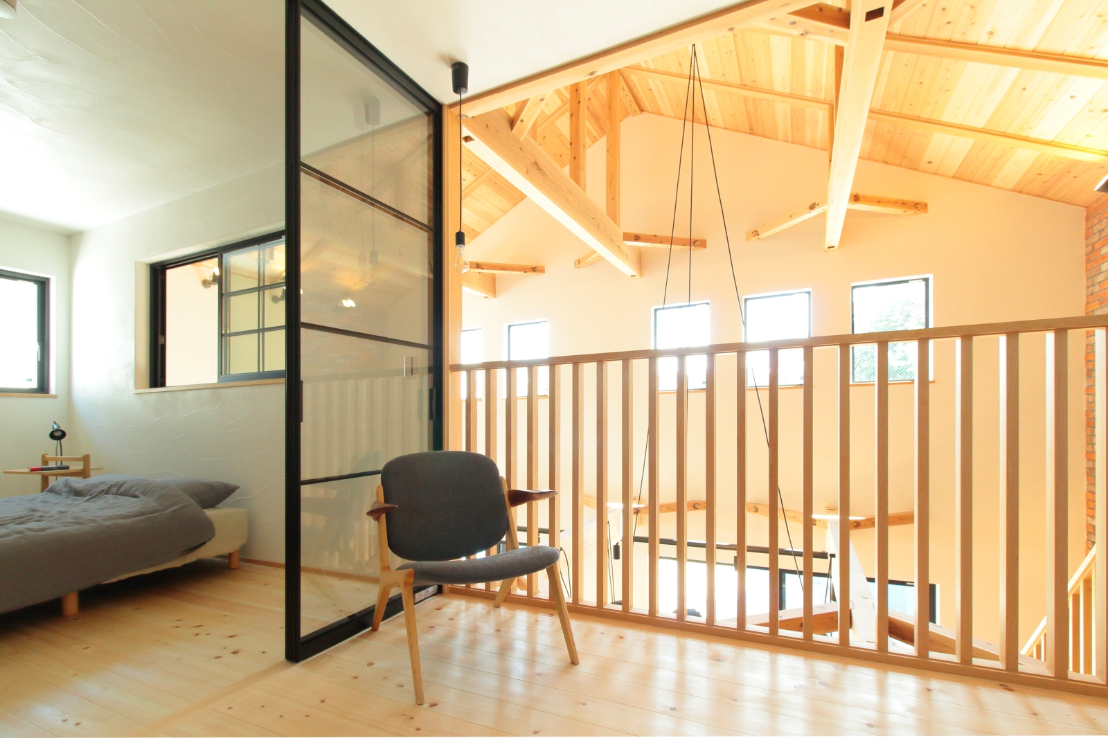 室内干しもできる開放的なフリースペース